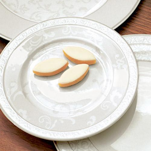 Pastry plates