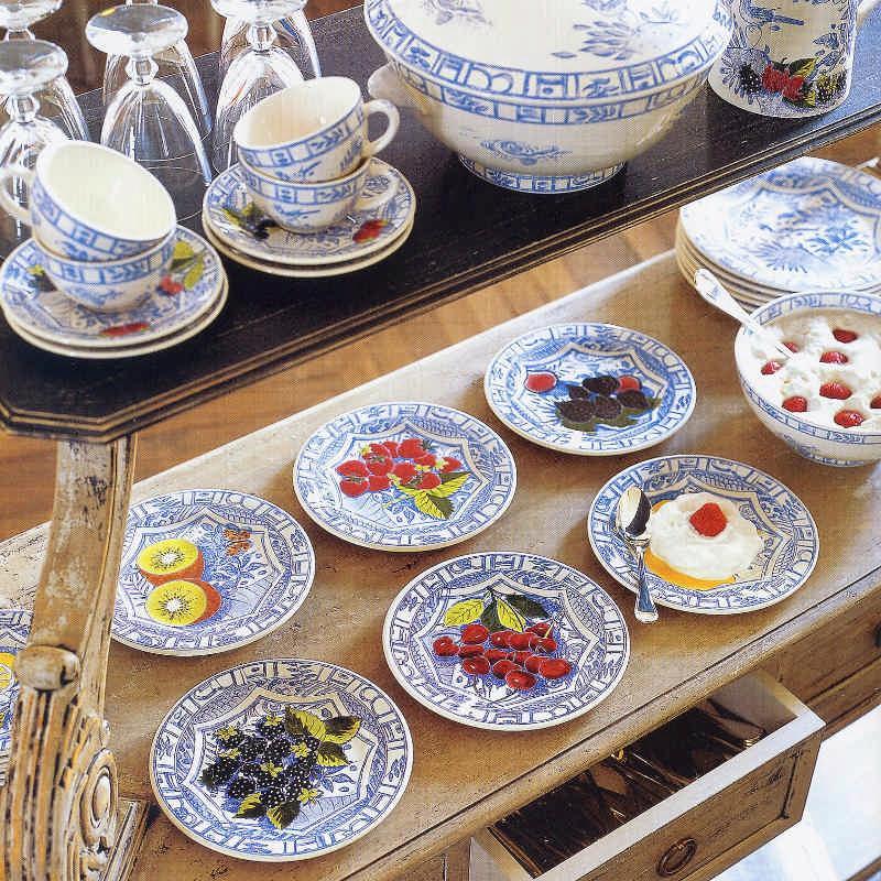 Ceramics Fayencerie Gien Oiseau Bleu monochrome