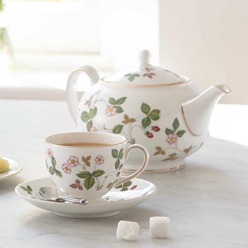 Wedgwood Wild Strawberry Porcelain