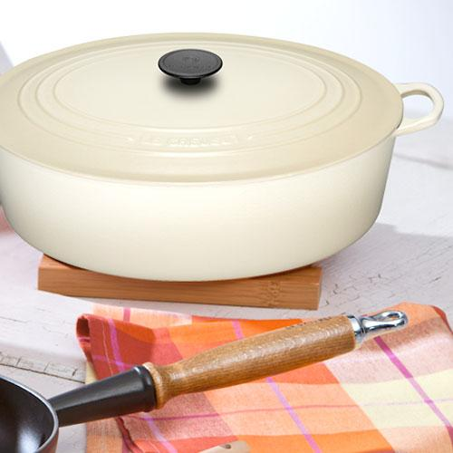 Посуда из чугуна кремовая от Le Creuset