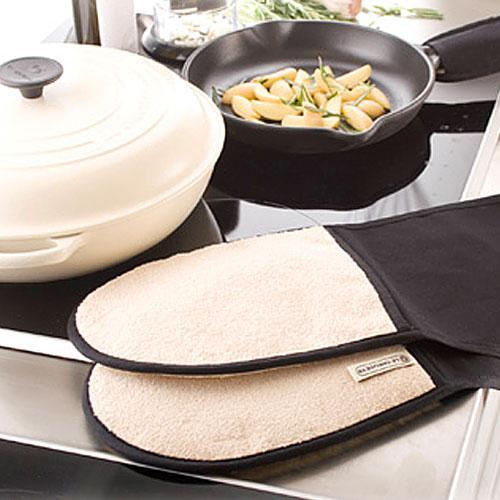 Кухонные прихватки и рукавицы