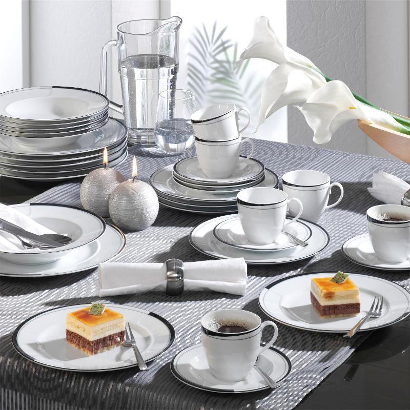Friesland La Belle Black & White