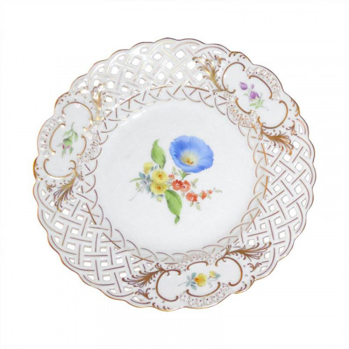 Meissen  'Neuer Ausschnitt - Blume 3 mitte bunt mit Goldrand' Teller mit Durchbruch 19 cm