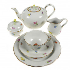 Meissen New neckline - scattered flowers colorful with gold rim tea service 6 people 21 pcs.