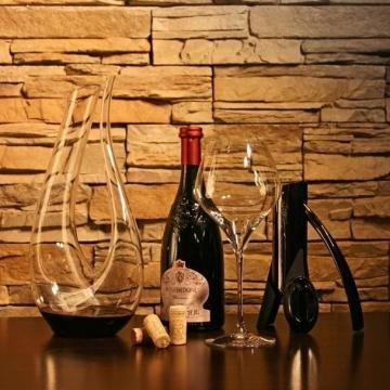 Wine & Accessories